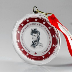 Glass medal