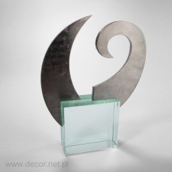 metalowa statuetka