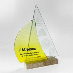 Glass awards - Fusing - glass statuette