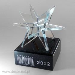 Statuetka ze szklaną gwiazdą