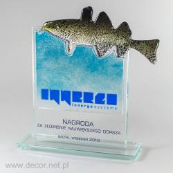 Soška z rybieho skla