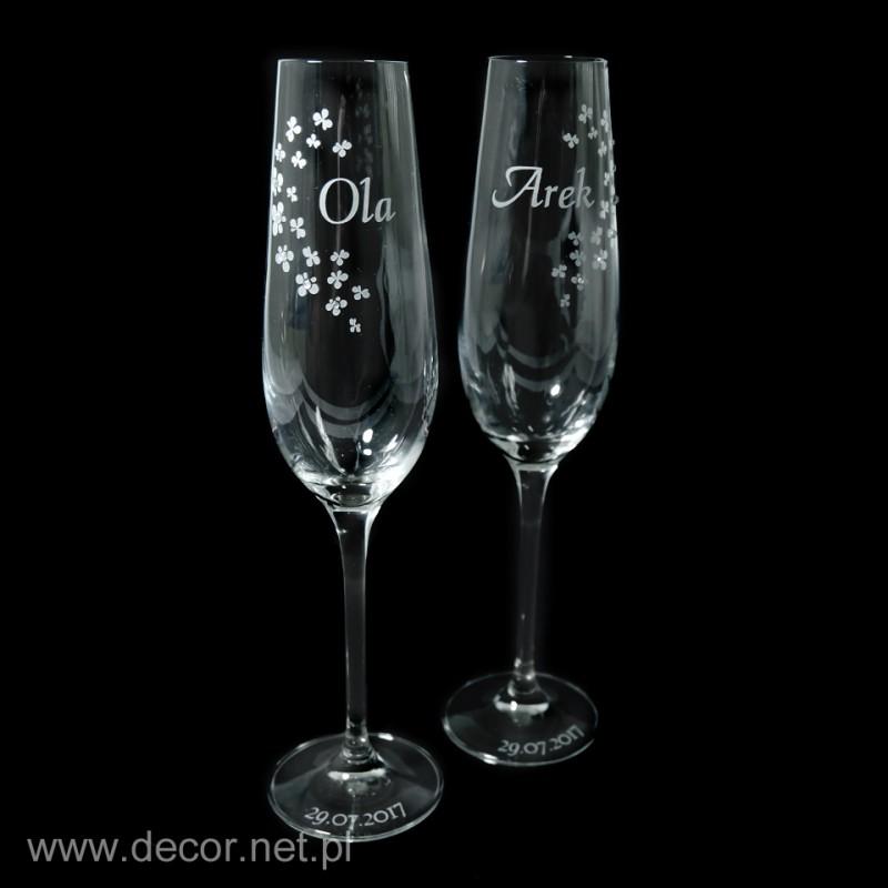Kielichy ślubne do szampana