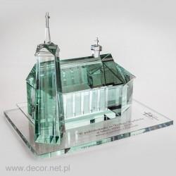 Darček pre kňaza v sklenenom kostole